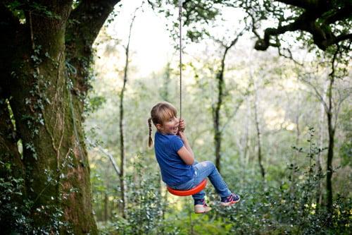 Child friendly swing set
